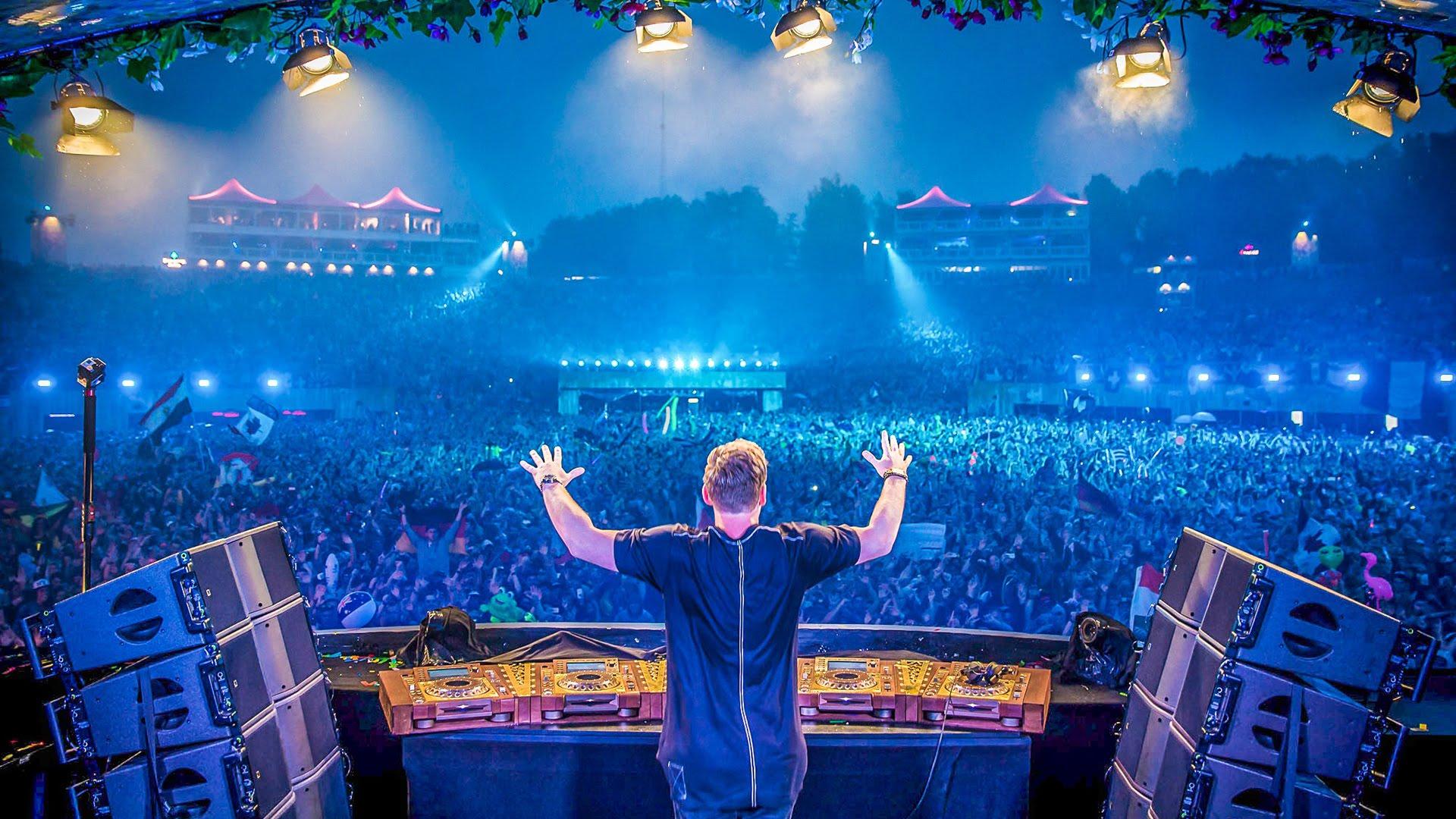 Tomorrowland DJ